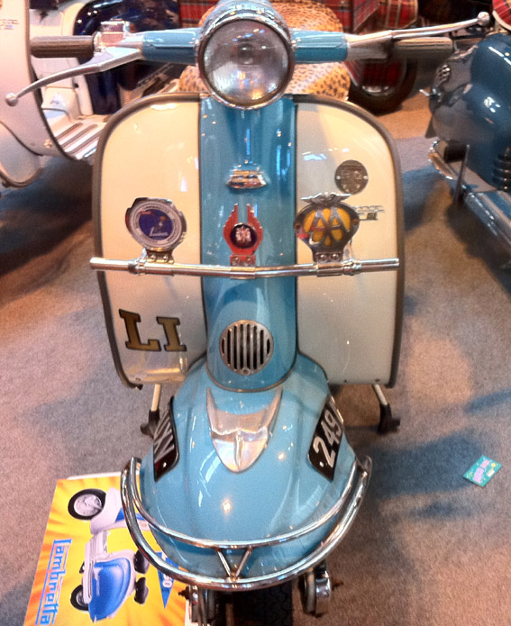 Scooter Badge Bar