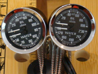 Smiths Dual Gauge Temperature and Oil Pressure 2""